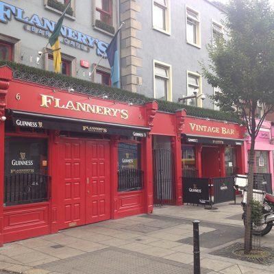 Flannerys Pubfront, Dublin